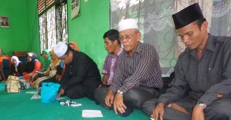 Foto; Ketua DPC PKB Padangpariaman Zulhelmi didampingi oleh Caleg DPR RI Nasrial.